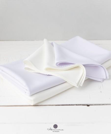 """Baltos staltiesės """"Švelnuma"""""""