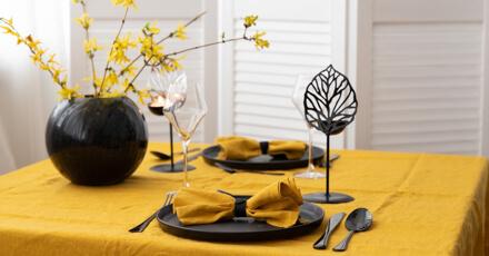 stalo dekoravimas vazos